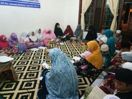 Doa Bersama Santri Yatim dan Penghafal Al-Qur'an Pesantren Yatim Al-Hilal 3