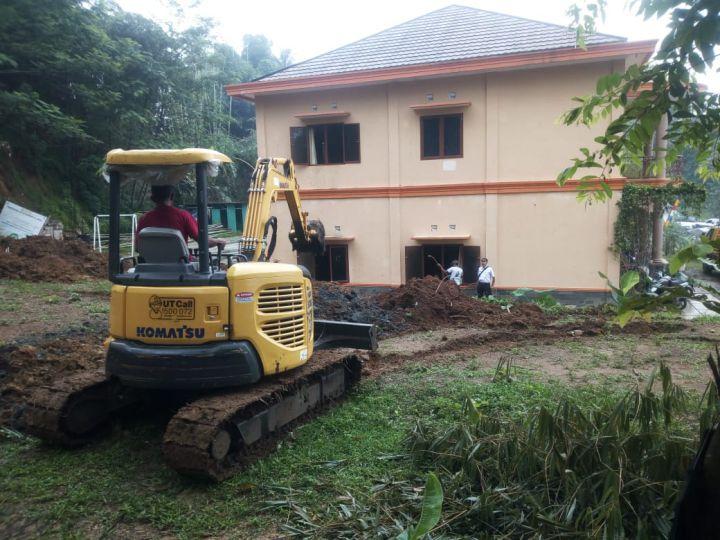 Pengerukan Tanah Lahan Untuk Pembangunan Masjid Al Hilal 2