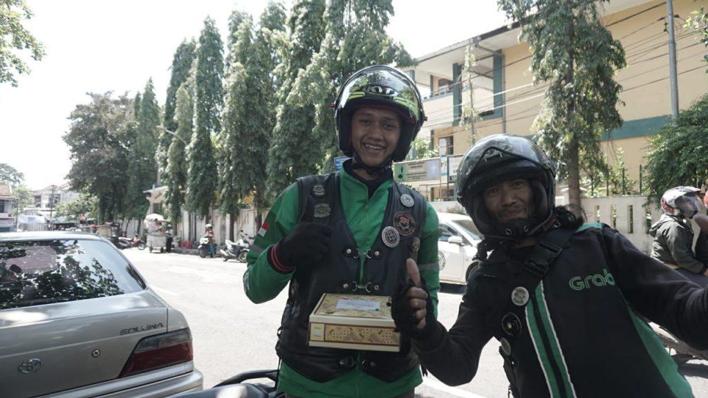 LAZ Al Hilal membagikan 500 Nasi Kotak se Bandung Raya 1