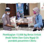 Pembagian 15.000 kg Beras Untuk Anak Yatim Dan Guru Ngaji Di pondok pesantren Cibiru