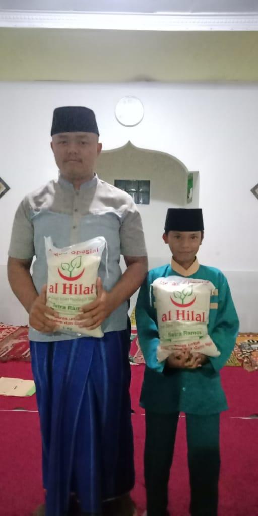 Guru Ngaji dan Anak Yatim Terbantu dengan Program 50 Ton Beras 3