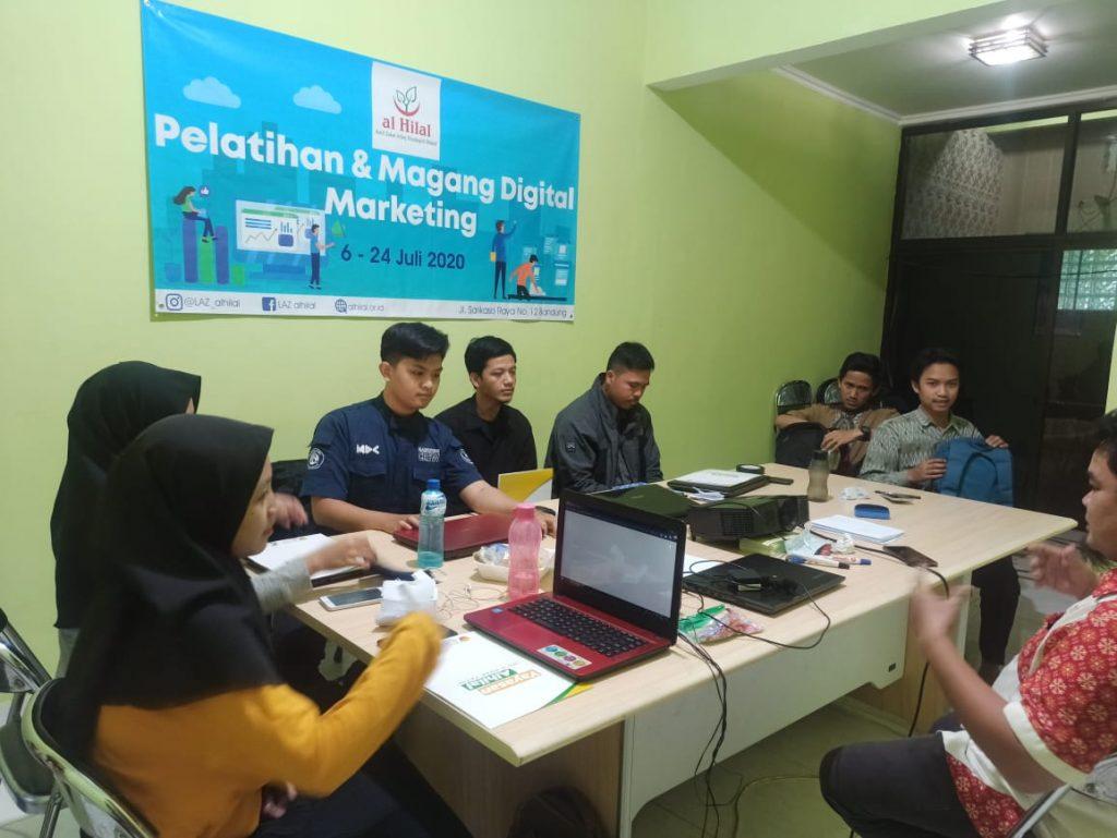 Sukses melaksanakan Pelatihan & Magang Digital Marketing 1
