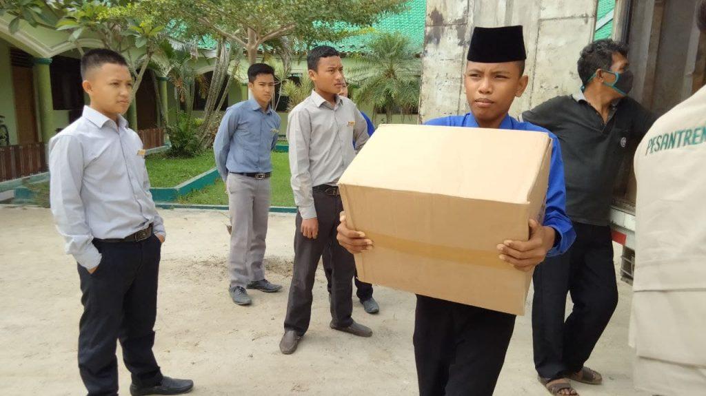 SWQ Hari ke-3 | Penyaluran Al Qur'an ke Pesantren Tahfidz di Lampung Selatan 2