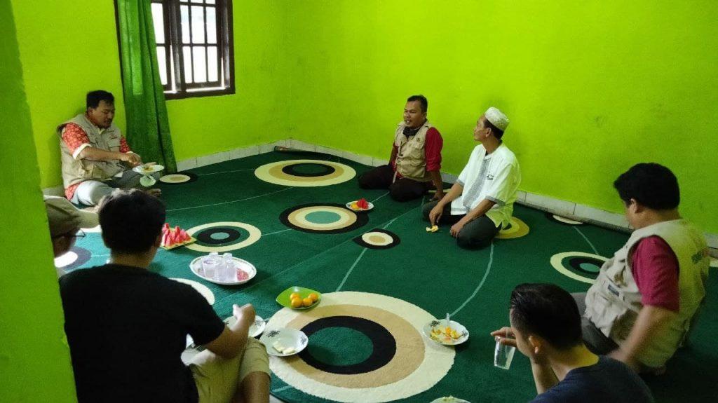 Sebar Wakaf Qur'an Sampai di Pondok Modern Madinah Lampung Timur 1