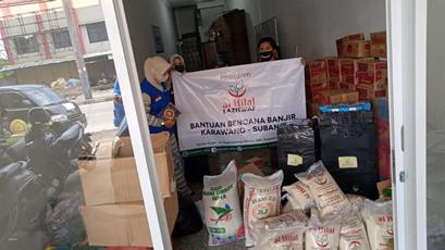 Penyerahan Bantuan Banjir Karawang - Subang