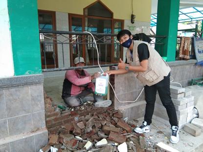 Distribusi Sabun Cuci Tangan Untuk Masjid Wilayah Cigugur 1