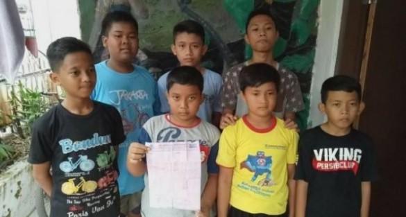 Anak-anak yang berhasil mengumpulkan uangnya selama 10 bulan untuk membeli hewan Qurban