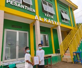 Al Hilal Berbagi: Pengiriman Madu, Herbal, Dan Masker Untuk Pesantren Al Kasyaf Bandung 1