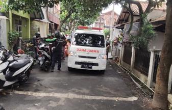 Pengantaran Jenazah Menuju Tempat Peristirahatan Terakhir, TPU Naangrog Bandung 2
