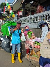 Warung Gratis Keliling Kembali Dilaksanakan Oleh Komunitas Al Hilal Sumedang 2