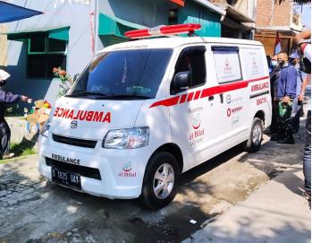 Bersama Ambulance Gratis LAZISWAF Al Hilal, Jenazah Serangan Jantung di Graha Bukit Raya Telah Dikebumikan 3