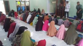 Pelaksanaan Wisuda Di Rumah Tahfidz Almunawar Di Hadiahi Al Quran Dari Laziswaf Al Hilal 1